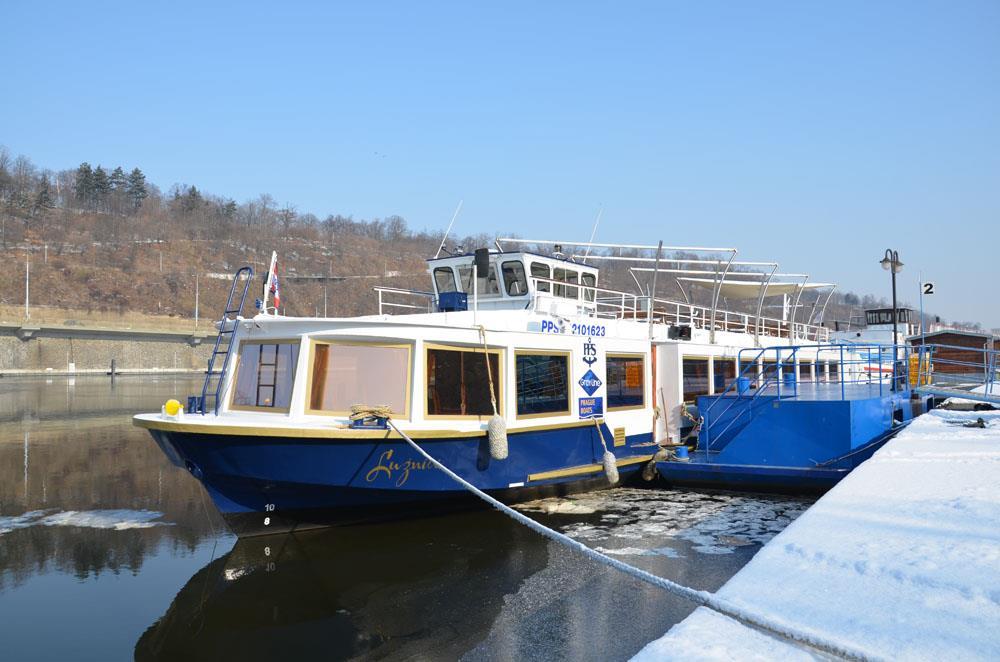 Winter River Cruise In Prague Prague Boats Cz