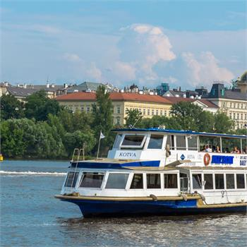 V Praze přibývá turistů