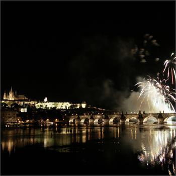 Novoroční plavba s ohňostrojem 2015