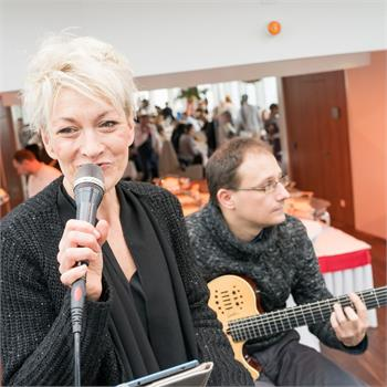 Live music on board