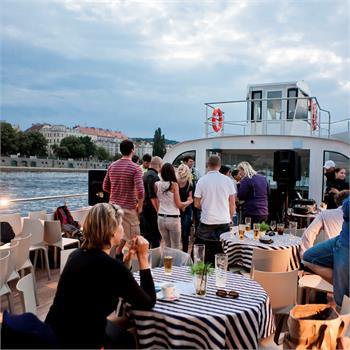 Partying on Boat Grand Bohemia