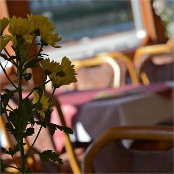 Interiér lodi Cecílie