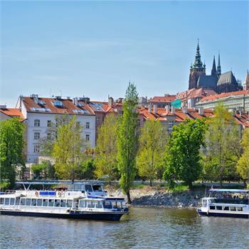 Sightseeing boat Danubio in Prague