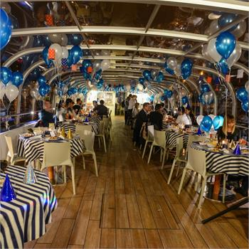 Beautifully decorated boats – not just for New Year's Eve