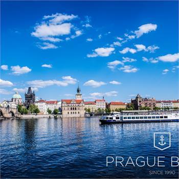 Lunch cruise in Prague