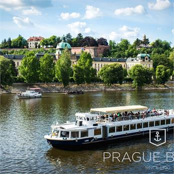 Prague cruise with lunch