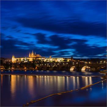 Nádherná atmosféra noční Prahy