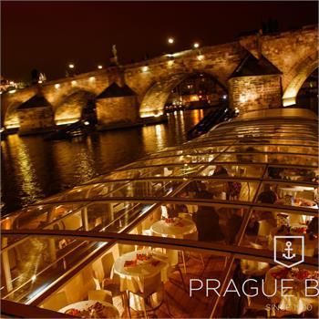 Evening cruises on the Grand Bohemia