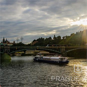 Grand Bohemia boat at Čech bridge