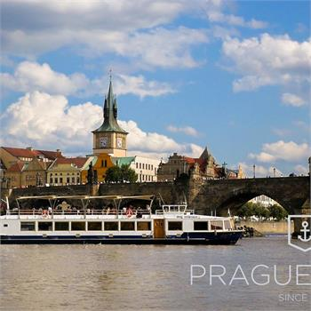 Ship Lužnice in front of Charles Bridge