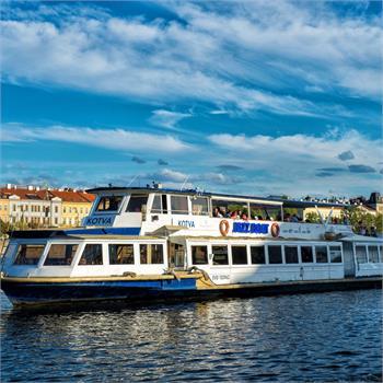 Hodinová plavba historickým jádrem Prahy