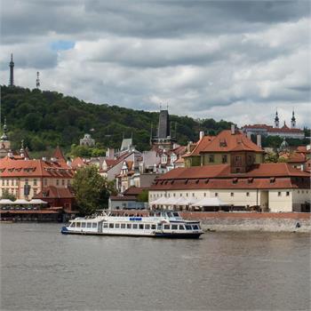 Hodinová plavba přináší to nejlepší z Prahy