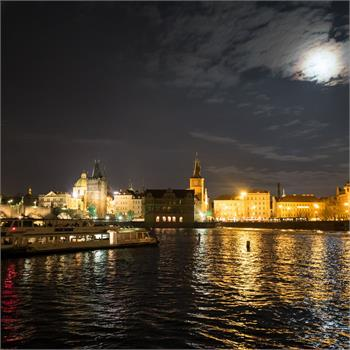 Kouzelná noční Praha