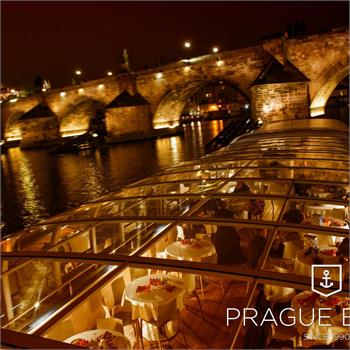 Crystal dinner - exclusive dinner on a boat in Prague
