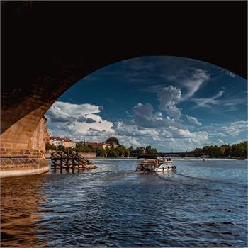 Ship Šemík under Charles Bridge