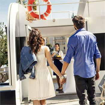 Boast your romantic trip by a river cruise