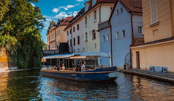 Le bateau Maître Jan Hus