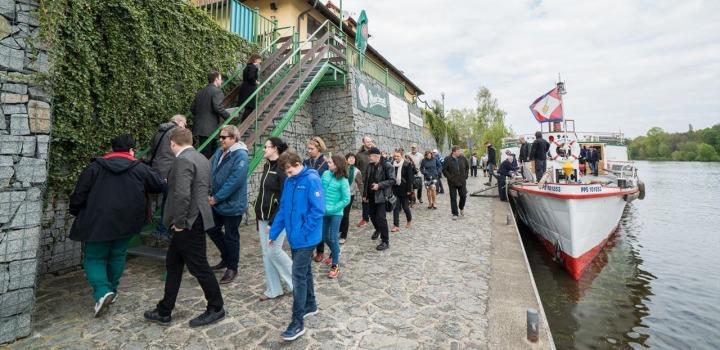 Vltava Steamboat cruised to Nelahozeves