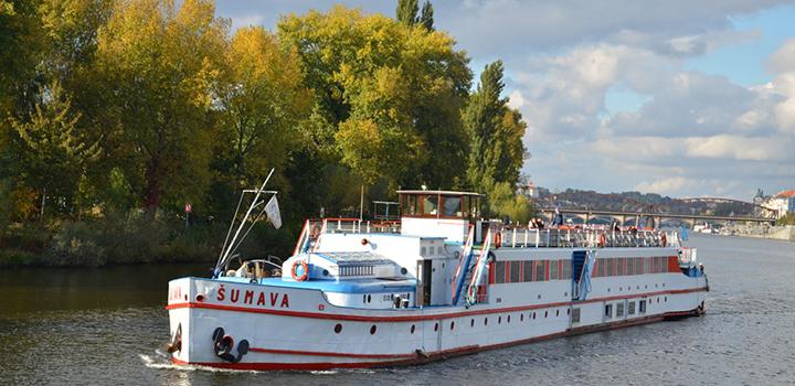 Plavby po Vltavě - letní sezóna 2013