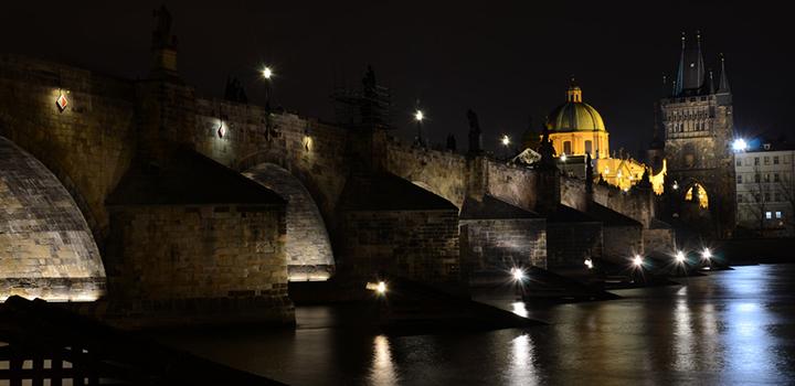 Večerní plavby po Vltavě